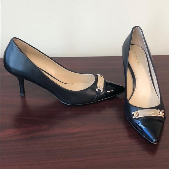 90fef13ecc6 Coach sz 8.5 Bowery Black leather heels 👠